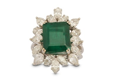 Lot 1223-An emerald and diamond cluster ring