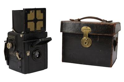 Lot 19-A Thornton Pickard Rubyette No.2 SLR Camera