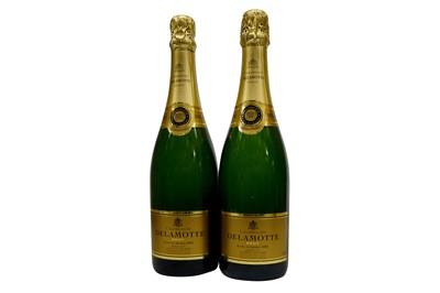 Lot 13-Champagne Delamotte Brut 2002
