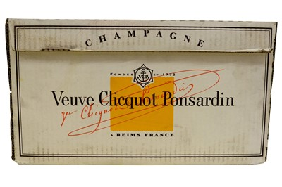 Lot 30-Veuve Clicquot Ponsardin 1998