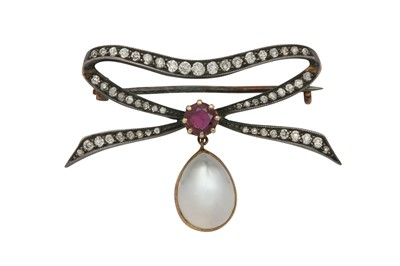 Lot 1205-A diamond and moonstone brooch, early 20th century