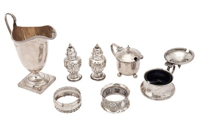 Lot 41-A mixed group of sterling silver items