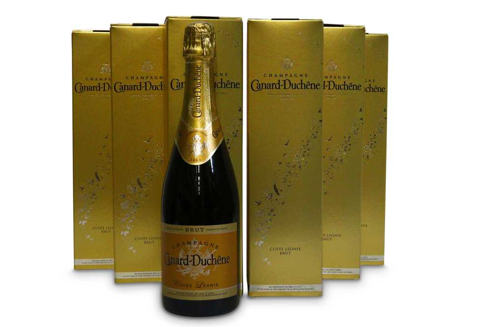 Lot 2-Canard-Duchene Cuvee Leonie Brut Champagne