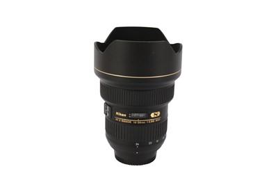 Lot 423 - A Nikon AF-S Nikkor 14-24 mm f/2.8G ED Wide-angle Zoom Lens