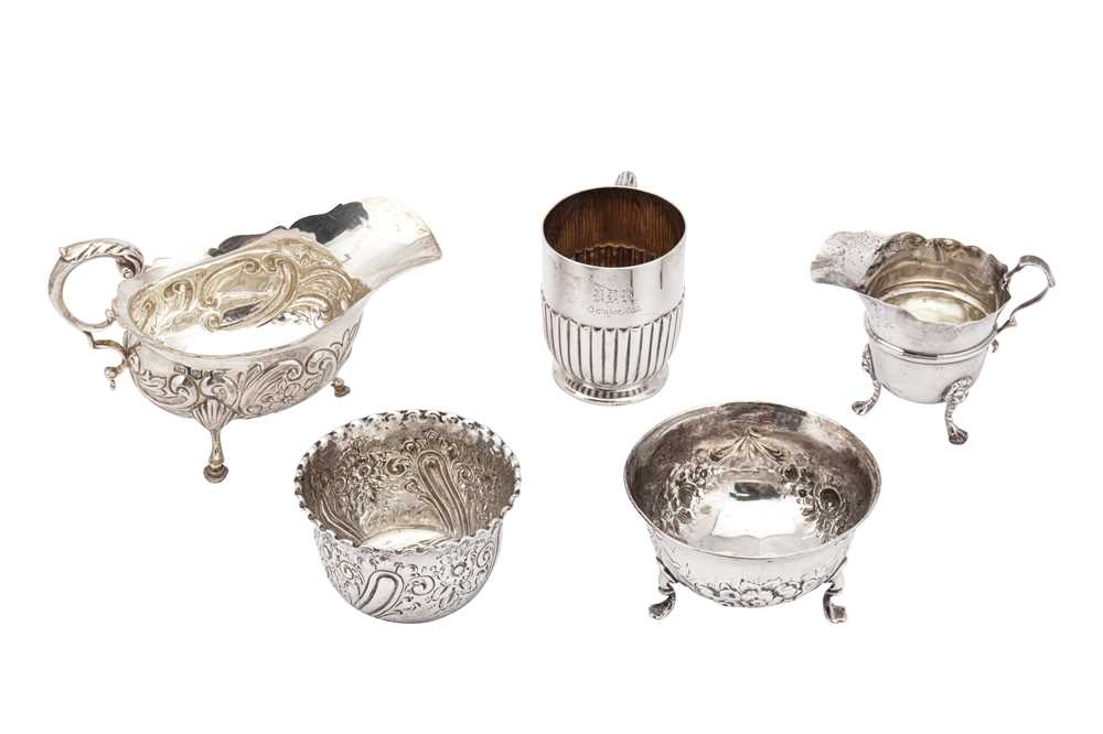 Lot 30-A mixed group of sterling silver, including a Victorian sauceboat Birmingham 1897 by Thomas Hayes