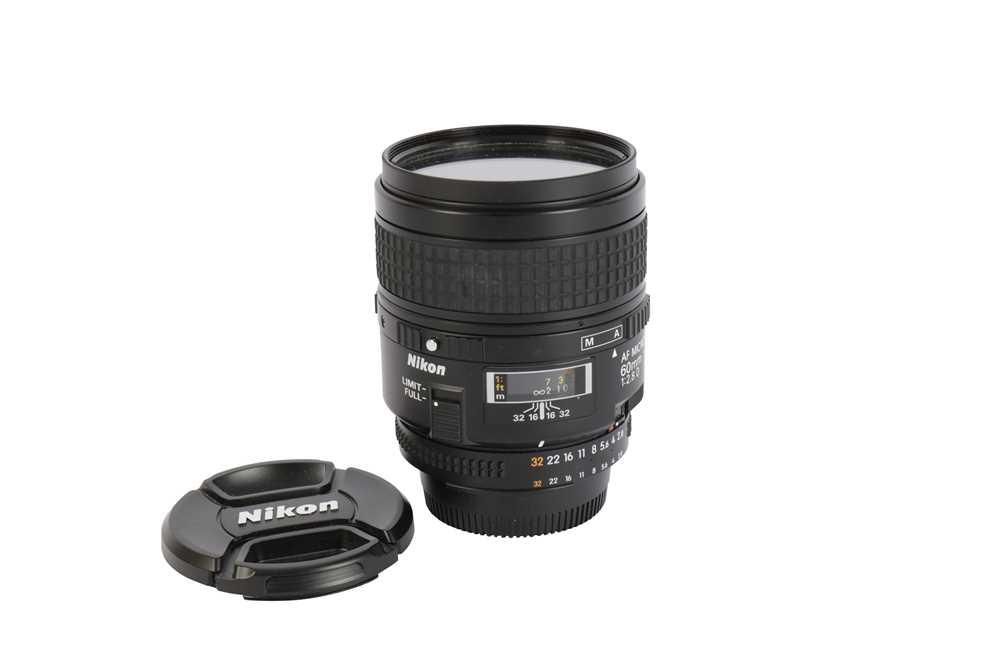 Lot 421-A NIkon AF Micro-Nikkor 60mm f/2.8 D Lens