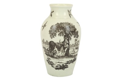 Lot 24-An 18th century Worcester vase, circa. 1765-1770