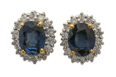 Lot 23 - A pair of sapphire and diamond earstuds