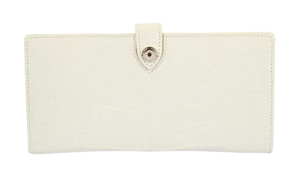 Lot 1203-Asprey White Matte Alligator Wallet