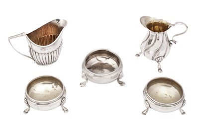 Lot 12-A mixed group of sterling silver including a George II salt, London 1737 by Edward Wood