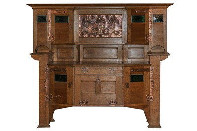 Lot 4 - A LARGE ARTS AND CRAFTS OAK DRESSER, ATTRIBUTED SHAPLAND AND PETTER