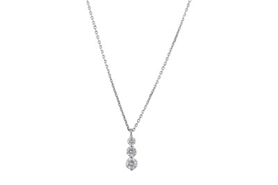 Lot 1227A-A diamond pendant necklace