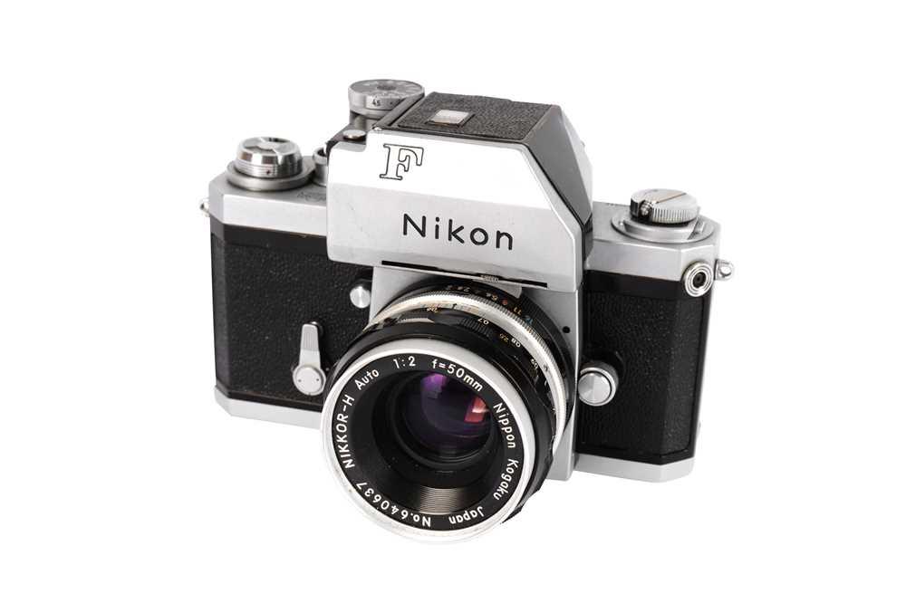 Lot 425 - A Nikon F Photomic SLR Camera