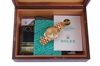 Lot 48 - ROLEX.