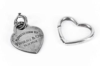 Lot 44 - A TIFFANY AND CO HEART SHAPED PENDANT 'PLEASE RETURN TO TIFFANY & CO NEW YORK'