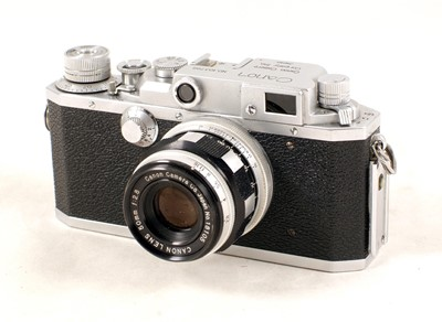 Lot 487-Canon IIF Rangefinder Camera with 50mm Lens