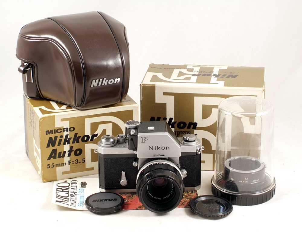 Lot 437-Chrome Nikon FTn Photomic #6920000.