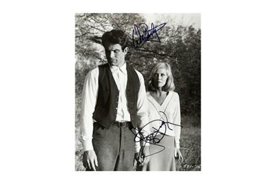 Lot 1472 - Bonnie & Clyde.- Warren Beatty & Faye Dunaway