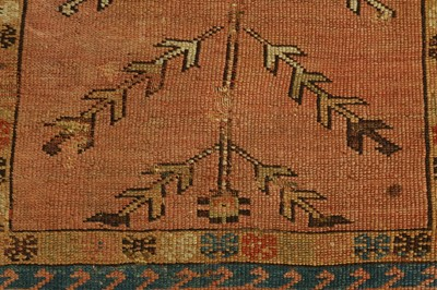 Lot 40 - AN ANTIQUE KEYSEHIR PRAYER RUG, TURKEY