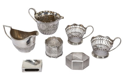 Lot 11 - A COLLECTION OF STERLING SILVER ITEMS INCLUDING A VICTORIAN MILK JUG