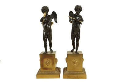 Lot 121 - MANNER OF CLAUDE  GALLE  (1759-1815): A FINE PAIR OF EARLY 19TH CENTURY EMPIRE PATINATED AND GILT BRONZE FIGURES OF CUPID