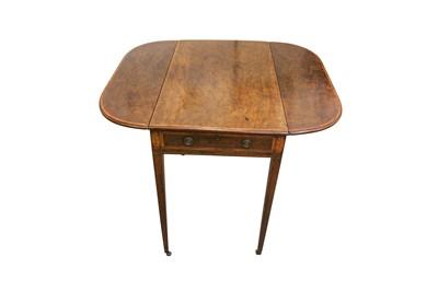 Lot 83 - A GEORGE III SHERATON STYLE MAHOGANY PEMBROKE TABLE