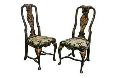 Lot 82 - A PAIR OF QUEEN ANNE STYLE JAPANNED SIDE CHAIRS, EARLY 20TH CENTURY