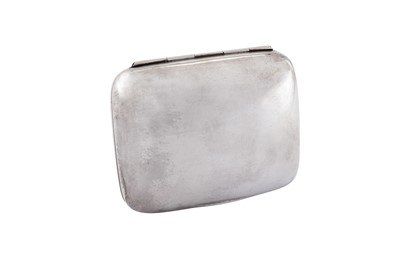 Lot 29 - A George V sterling silver soap box, London 1919 by George Neal & George Neal