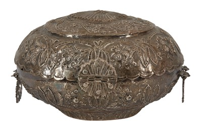 Lot 14 - AN OTTOMAN SILVER OVAL CASKET OR SPICE BOX, LATE 19TH/EARLY 20TH CENTURY