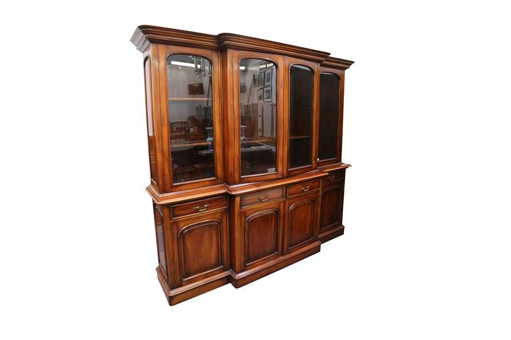 Lot 20 - A LARGE MAHOGANY BREAK-FRONTED BOOKCASE, IN THE VICTORIAN STYLE, MID/LATE 20TH CENTURY