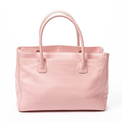 Lot 27 - Chanel Light Pink Medium Cerf Tote