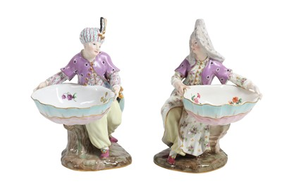 Lot 61 - A PAIR OF 19TH CENTURY MEISSEN PORCELAIN OTTOMAN FIGURES MADE FOR THE TURKISH MARKET