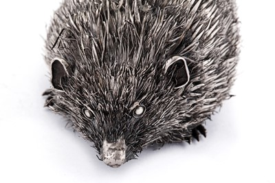 Lot 33 - A late 20th / early 21st century Italian silver model of a hedgehog, Milan circa 2000 by Gianmaria Buccellati