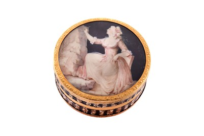 Lot 29 - A Louis XV mid-18th century French unmarked gold mounted shell composite snuff box, probably Paris circa 1770