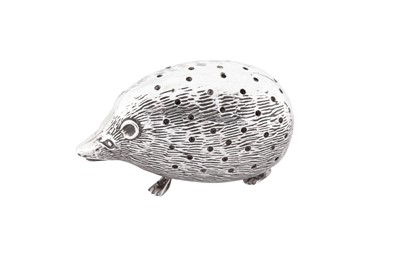 Lot 31 - An Edwardian sterling silver novelty pin cushion, Birmingham 1905 by Levi and Salaman