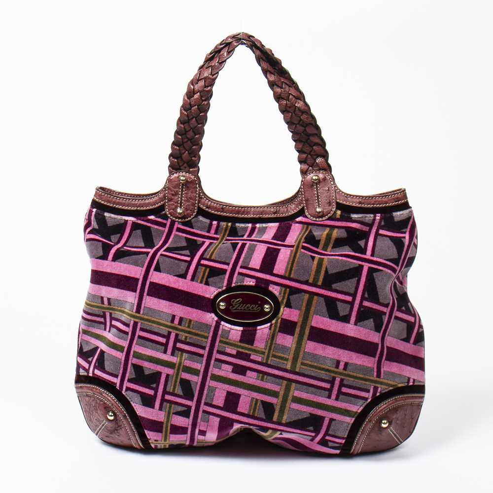 Lot 46 - Gucci Pink The Landmark 2006 Exclusive Tote