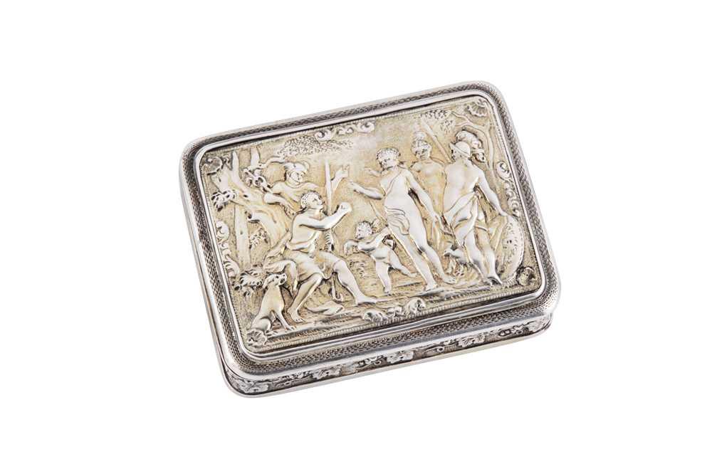 Lot 2 - A George III sterling silver gilt cast snuff box, London 1809 by Joseph Ash I