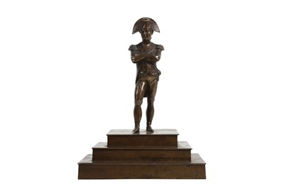 Lot 136 - A 19TH CENTURY FRENCH BRONZE FIGURE OF NAPOLEON