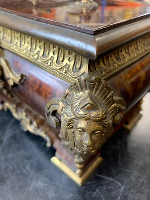 Lot 32 - A 19TH CENTURY FRENCH REGENCE STYLE TORTOISESHELL AND GILT BRONZE MOUNTED CASKET