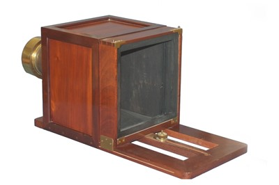 Lot 8 - Reproduction Sliding Box Camera with Large Ross Lens