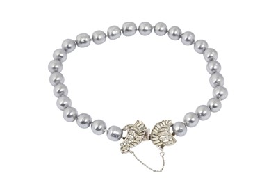 Lot 82 - Christian Dior by Mitchel Maer Pearl Choker Necklace
