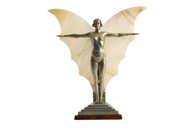 Lot 32 - AN ART DECO SILVERED SPELTER TABLE LAMP, CIRCA. 1930
