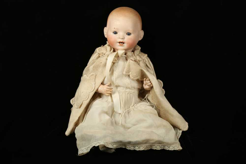 Lot 46 - AN EARLY 20TH CENTURY BISQUE HEADED BABY DOLL BY THEODOR RECKNAGEL, C. 1909
