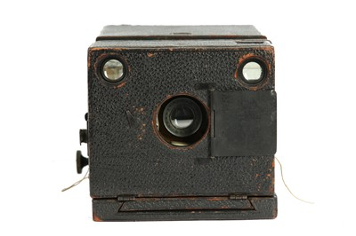Lot 9 - A Dallmeyer Hand Camera