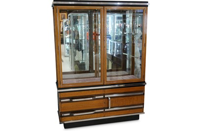 Lot 29 - AN ART DECO OAK AND ROSEWOOD SHOP DISPLAY CABINET