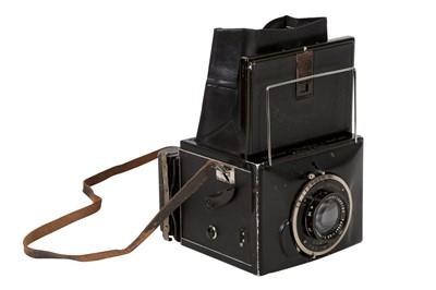 Lot 25 - Mentor Goltz & Breutmann Mentor Compur-Reflex SLR Camera