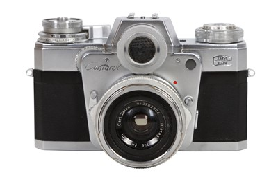 Lot 38 - A Zeiss Ikon Contarex SLR Camera Outfit