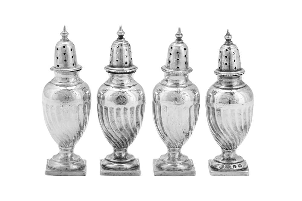 Lot 476 - A set of four Victorian sterling silver pepper pots, Birmingham 1893 by Vale Brothers & Sermon
