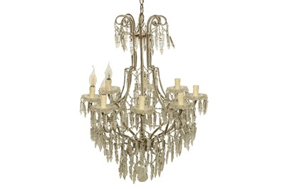 Lot 9 - A GLASS CHANDELIER