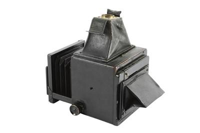 Lot 21 - A Soho Dainty No.1 Reflex Camera